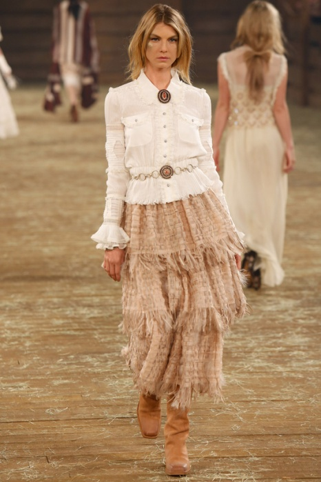 Angela Lindvall for Chanel Mètiers d'Art Paris-Dallas