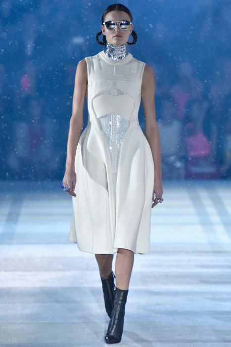 Esprit Dior Show Pre Fall 2015