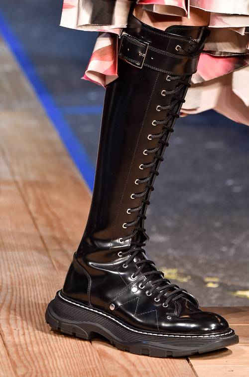 fall-shoe-trends-2019-278218-1552075718485-main.500x0c