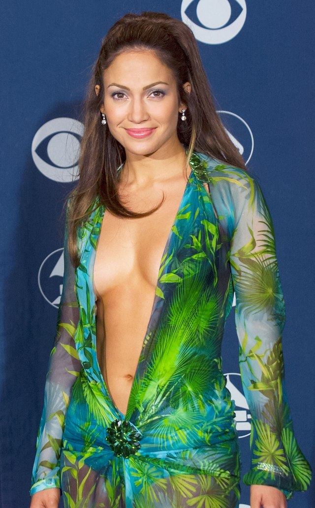 Jenifer-Lopez-Versace-Dress